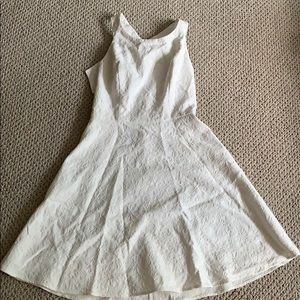 Jessica Simpson white dress with bow on back!